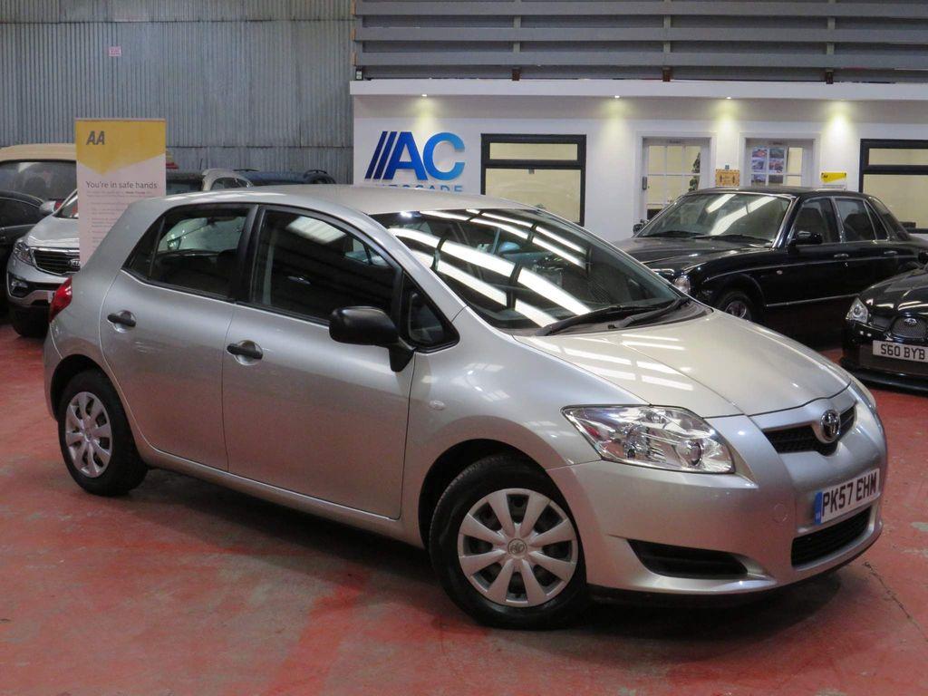 Toyota Auris Hatchback 1.4 VVT-i T2 5dr
