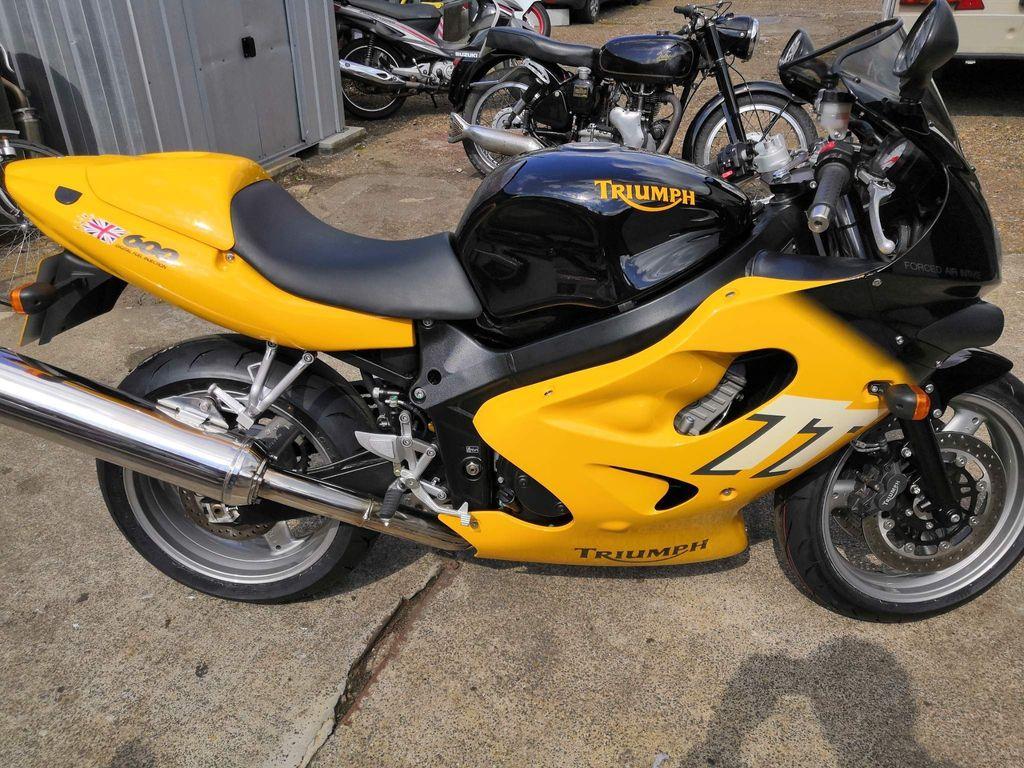 Triumph TT600 Super Sports