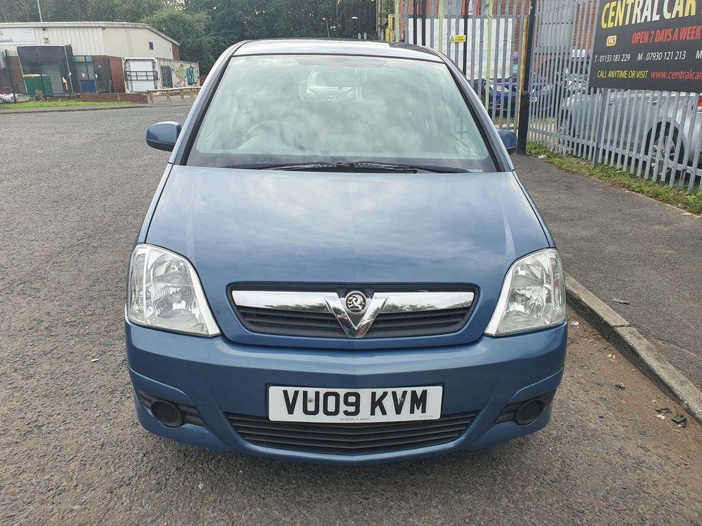 Vauxhall Meriva MPV 1.8 i 16v Club Easytronic 5dr