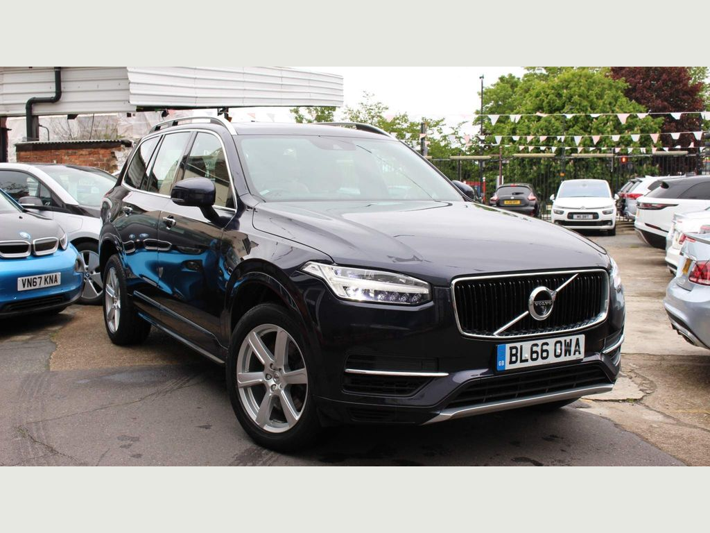 Volvo XC90 SUV 2.0h T8 Twin Engine 9.2kWh Momentum Auto 4WD (s/s) 5dr