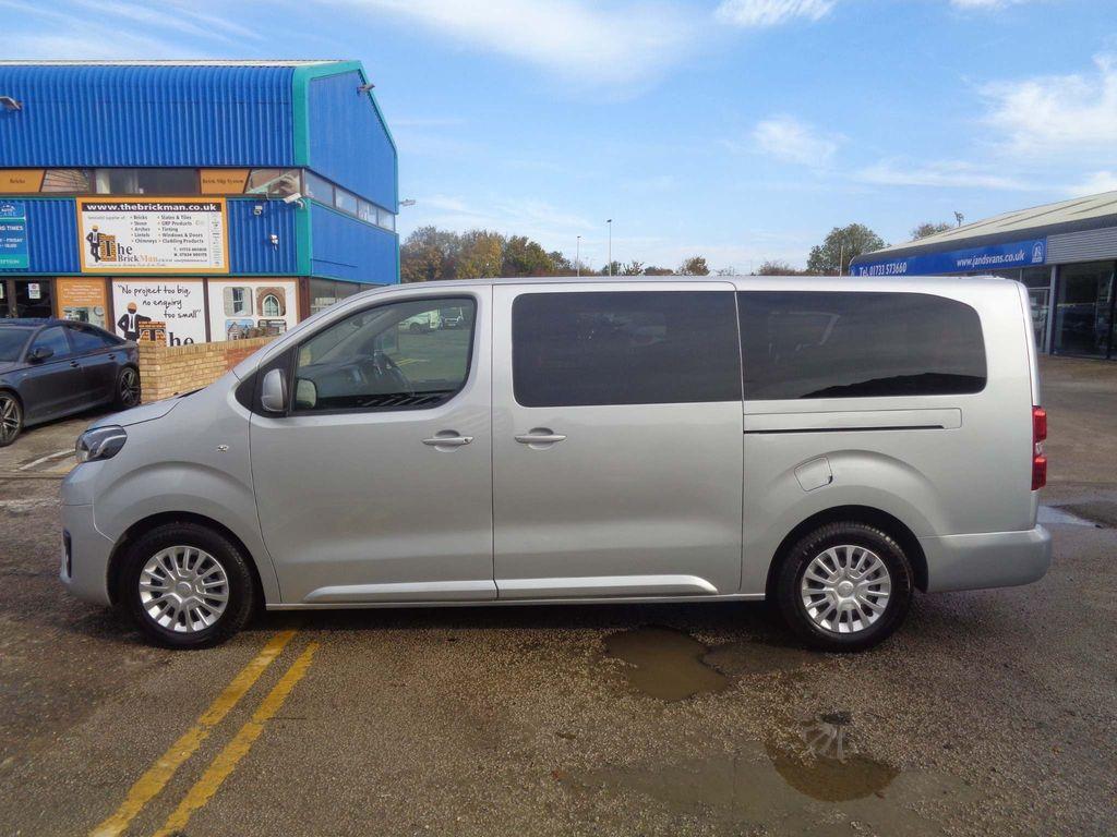 Toyota PROACE Verso MPV 2.0D Shuttle Long MPV LWB EU6 (s/s) 6dr (9 Seat)