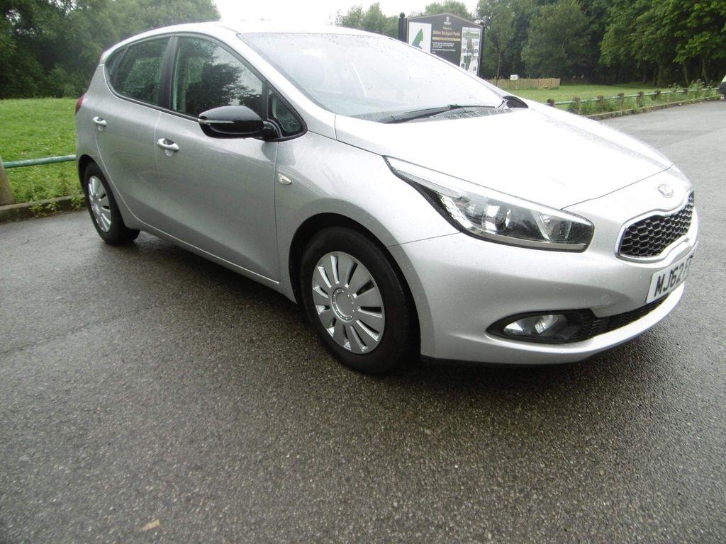 Kia Ceed Hatchback 1.4 CRDi 1 5dr