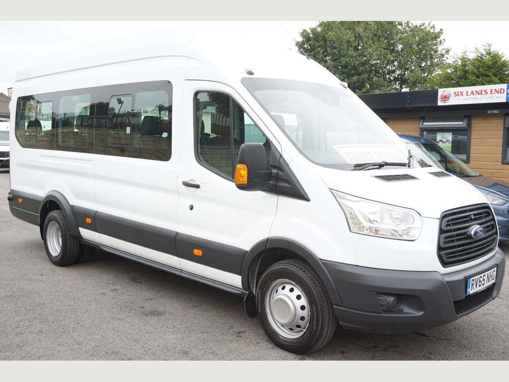 Ford Transit Minibus 2.2 TDCi 460 HDT Bus L4 H3 (17 Seat)