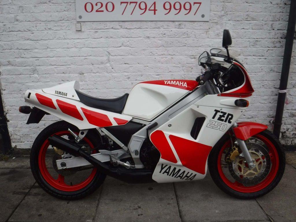 Yamaha TZR250 Sports Tourer 250