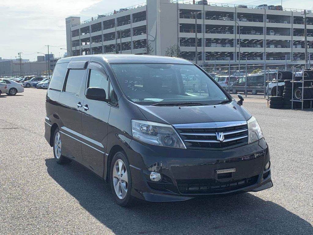 Toyota Alphard MPV 2.4 AS Petrol automatic 8 seat