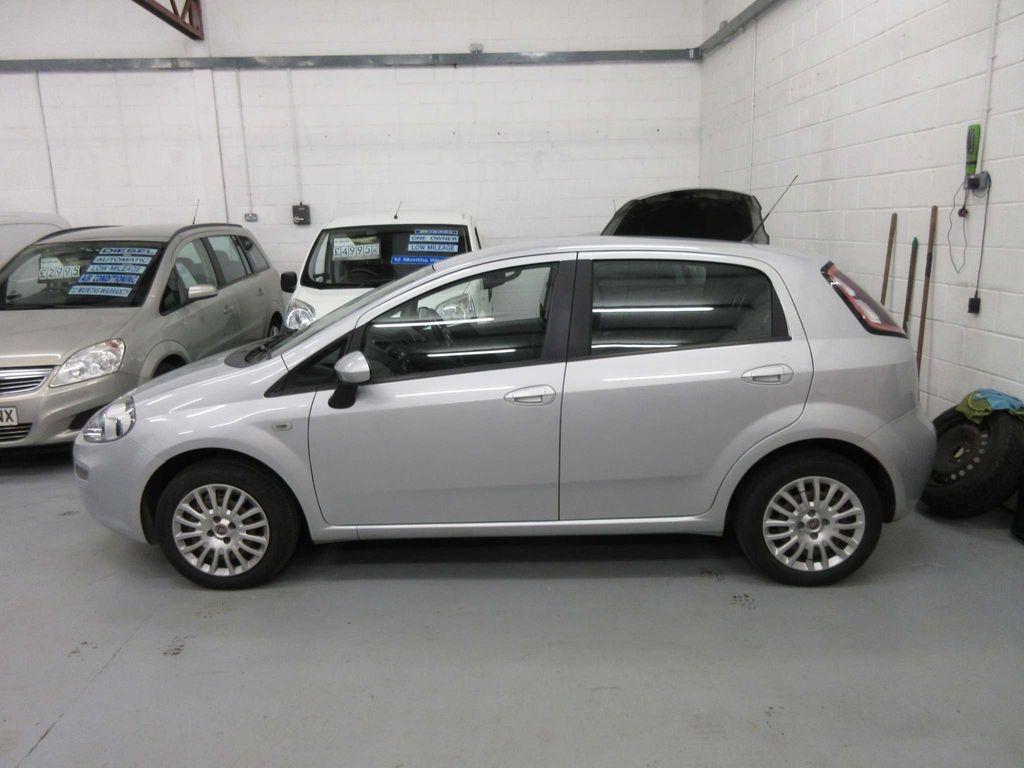 Fiat Punto Hatchback 1.2 8V Pop 5dr