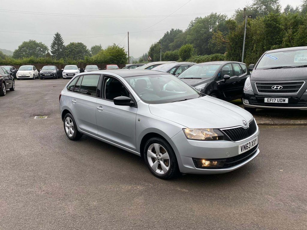 SKODA Rapid Spaceback Hatchback 1.2 TSI SE Spaceback 5dr
