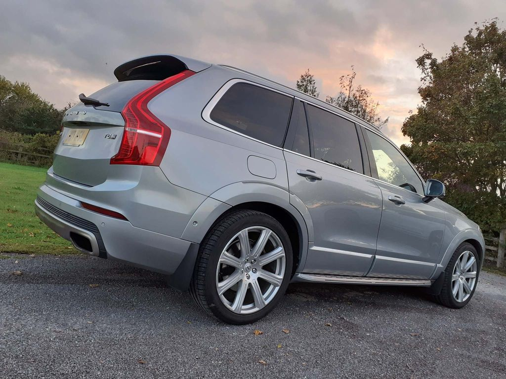 Volvo XC90 SUV 2.0h T8 Twin Engine 9.2kWh Inscription Auto 4WD (s/s) 5dr