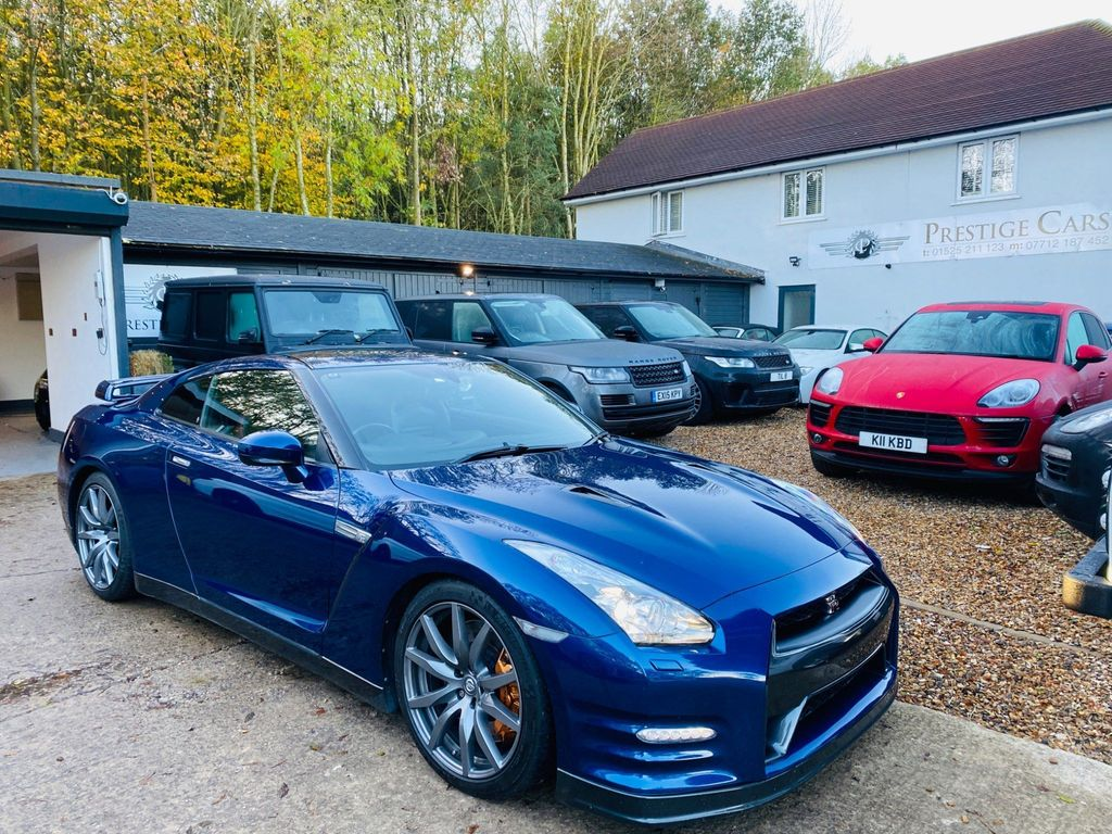 Nissan GT-R Coupe 3.8 Recaro 4WD 2dr