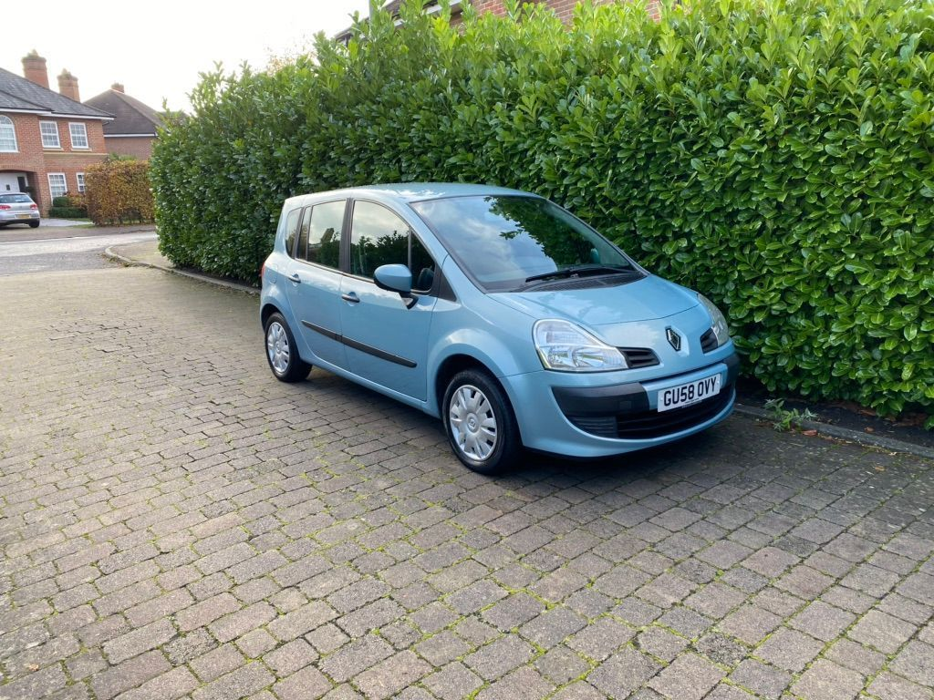 Renault Grand Modus Hatchback 1.2 TCe Expression 5dr