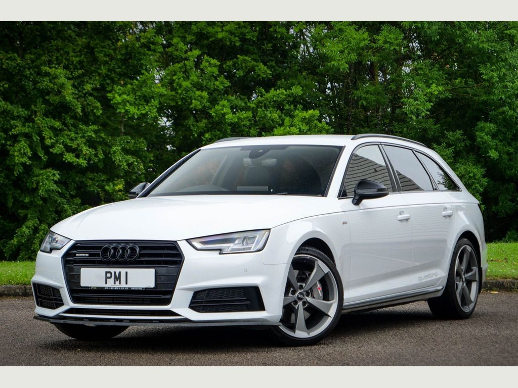 Audi A4 Avant Estate 2.0 TFSI Black Edition Avant S Tronic quattro (s/s) 5dr