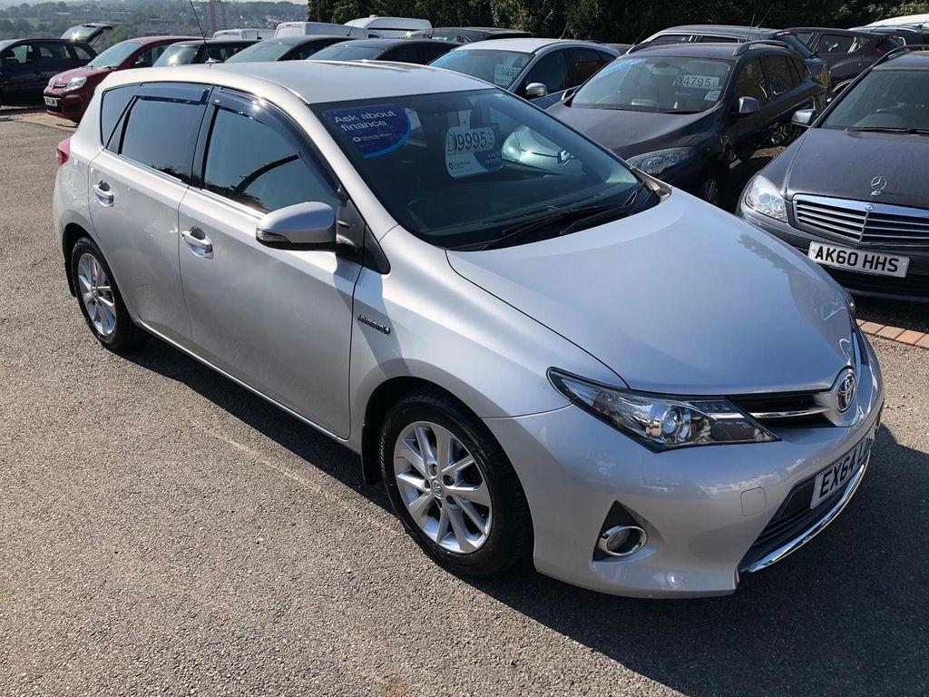Toyota Auris Hatchback 1.8 VVT-h Icon e-CVT HSD 5dr