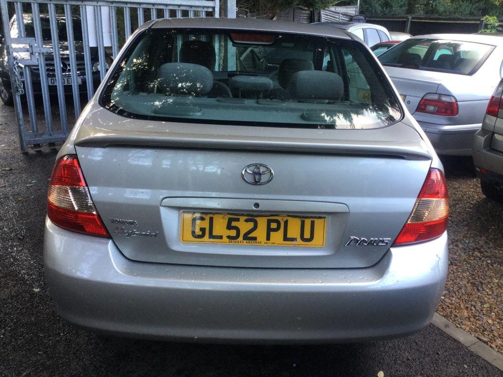 Toyota Prius Saloon 1.5 CVT 4dr