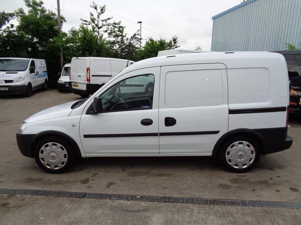 Vauxhall Combo Combi Van 5 SEATER=CREWVAN=CDTi=1248CC=TWIN DOORS