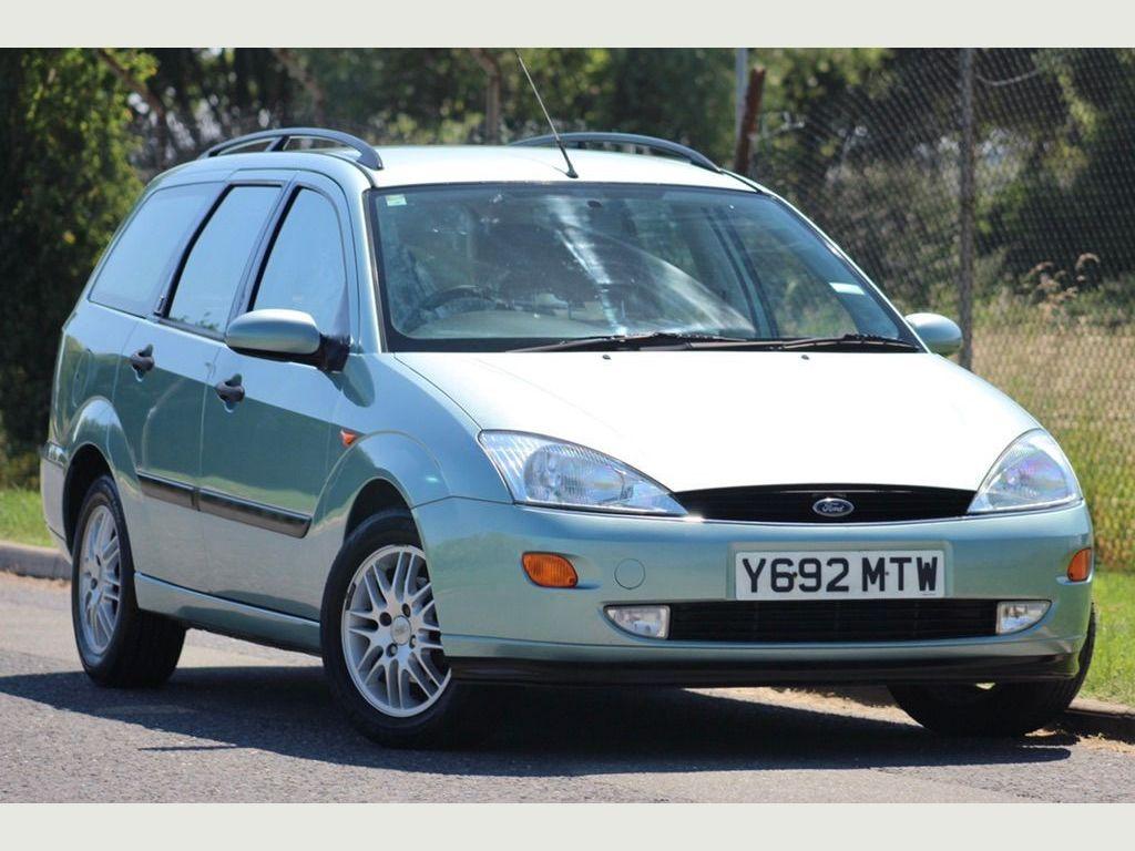 Ford Focus Estate 2.0 i 16v Ghia 5dr
