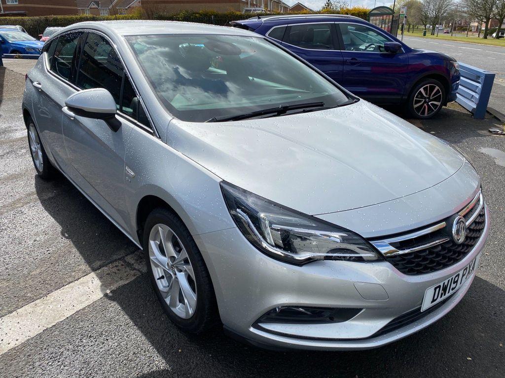 Vauxhall Astra Hatchback 1.0i Turbo ecoTEC SRi Nav (s/s) 5dr