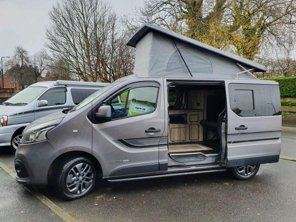 Renault TRAFIC Campervan 1.6 SL27 6 SPEED SPORT ENERGY 140 BHP CAMPERVAN LOW MILES HIGH SPEC CAMPERVAN