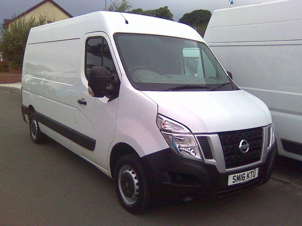 Nissan NV400 Panel Van 2.3 dCi 33 SE FWD L2 H2 EU5 5dr