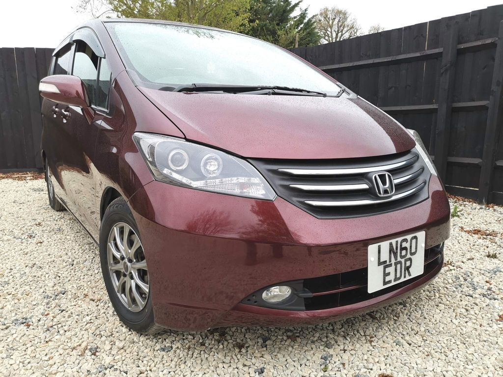 Honda Freed MPV 2011 1.5 AUTOMATIC 7 SEATS