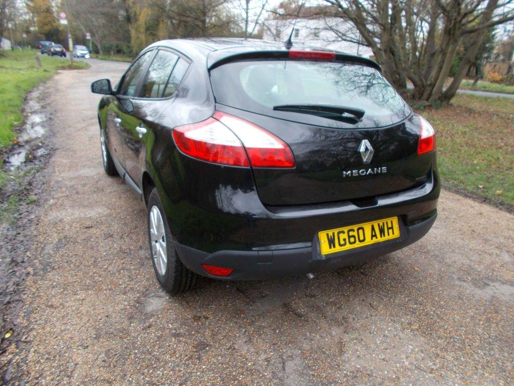 Renault Megane Hatchback 1.6 VVT Generation 5dr