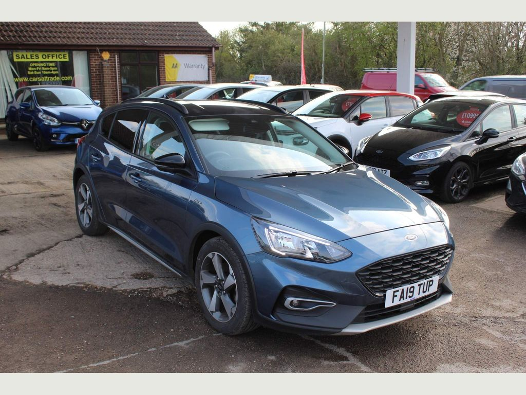 Ford Focus Hatchback 1.0T EcoBoost Active (s/s) 5dr