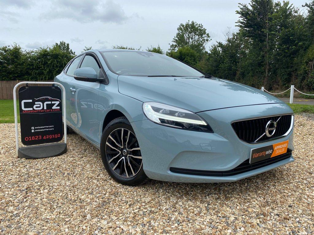 Volvo V40 Hatchback 2.0 D2 Momentum (s/s) 5dr