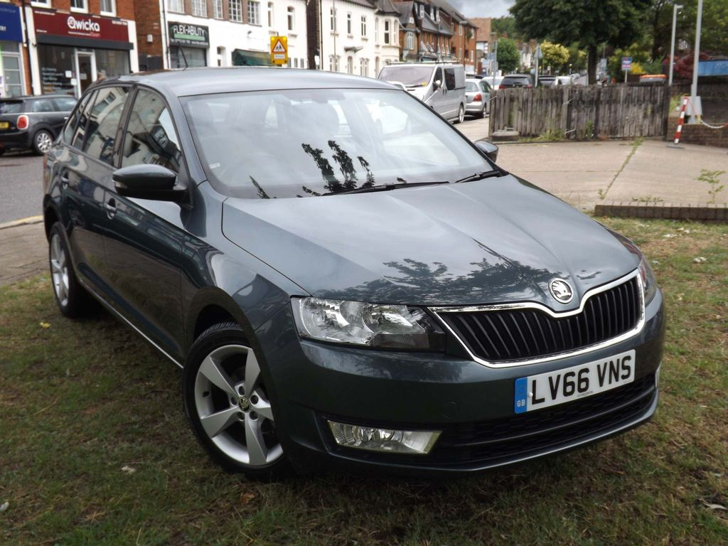 SKODA Rapid Spaceback Hatchback 1.2 TSI SE Tech Spaceback DSG (s/s) 5dr