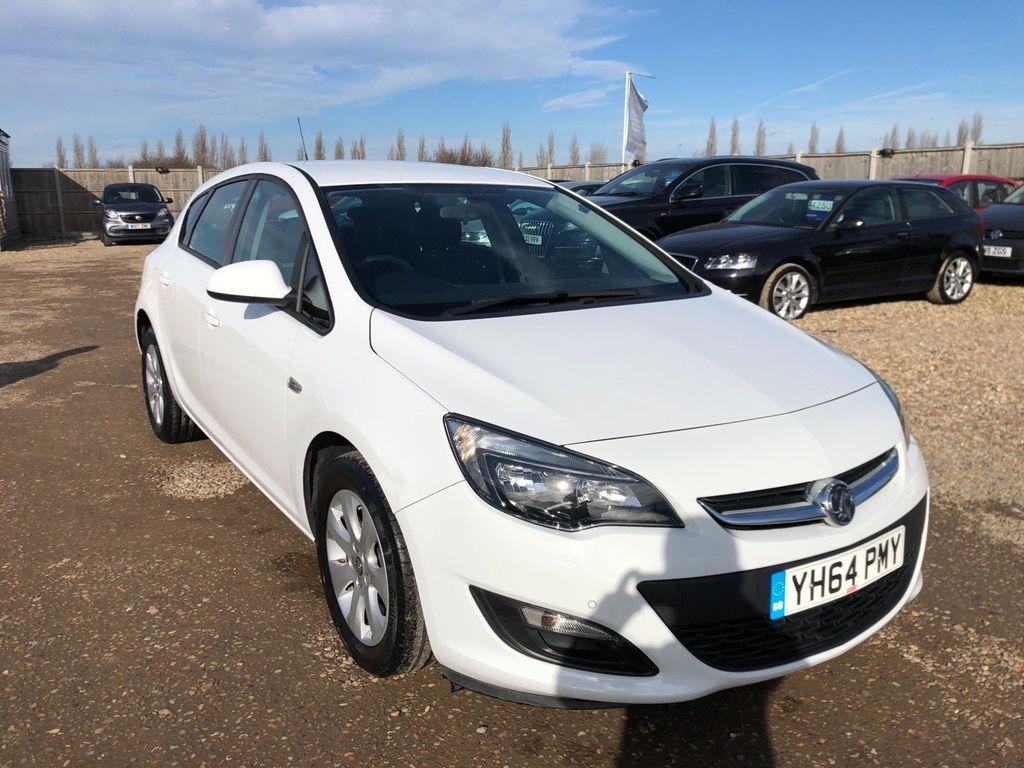 Vauxhall Astra Hatchback 1.6 16v Design Auto 5dr
