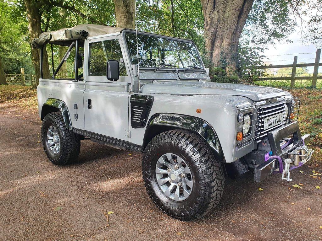 Land Rover Defender 90 SUV Defender 90 Wolf