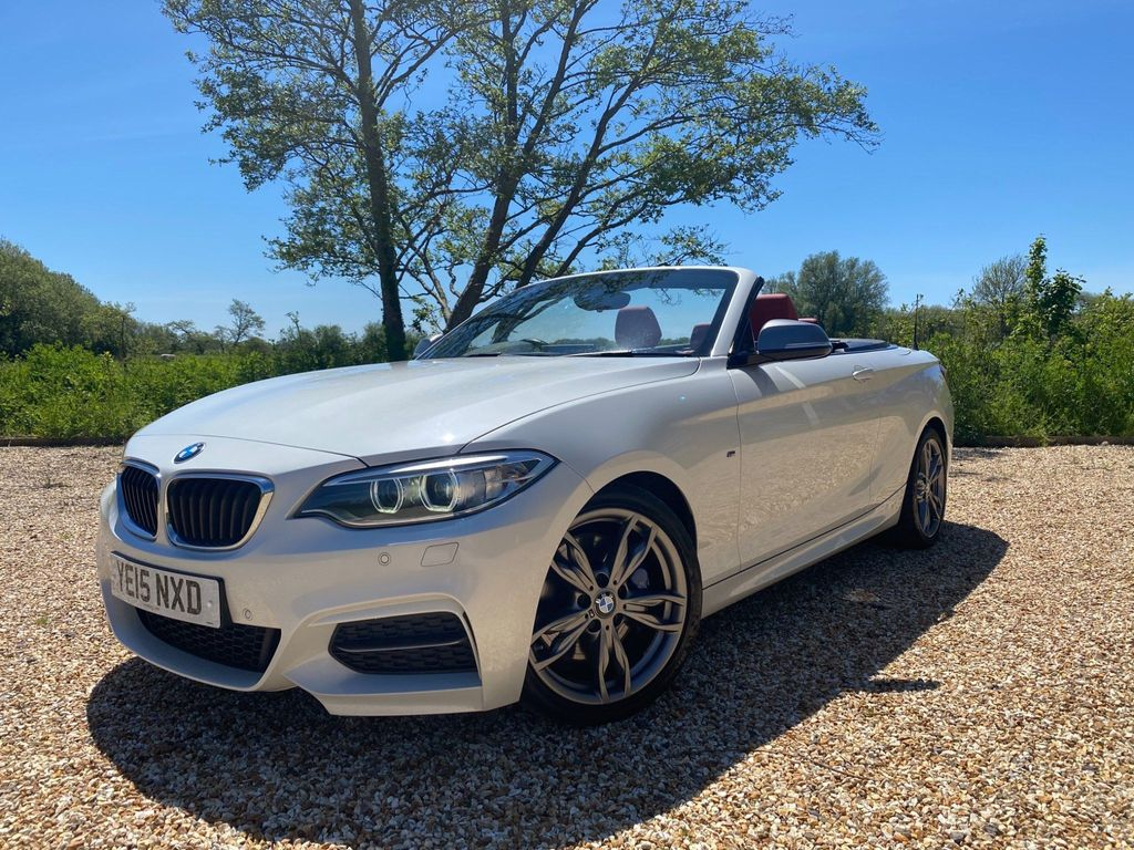 BMW 2 Series Convertible 3.0 M235i (s/s) 2dr