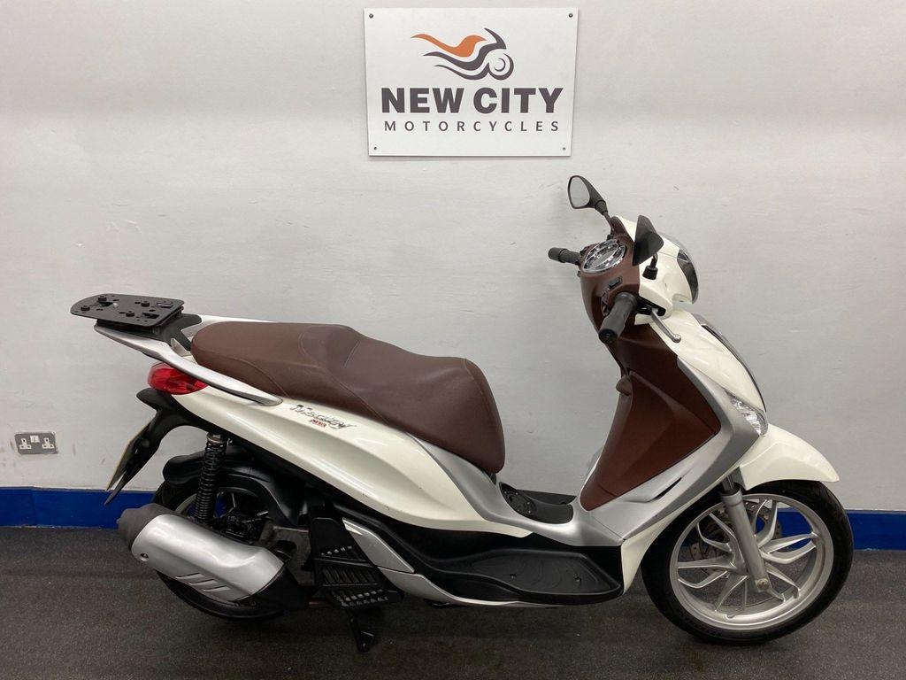 Piaggio Medley 125 Scooter 125