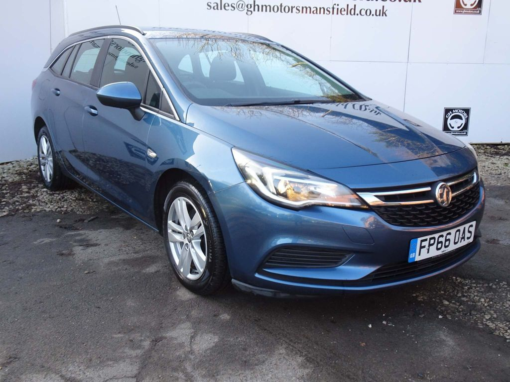 Vauxhall Astra Estate 1.6 CDTi BlueInjection Design Sports Tourer (s/s) 5dr