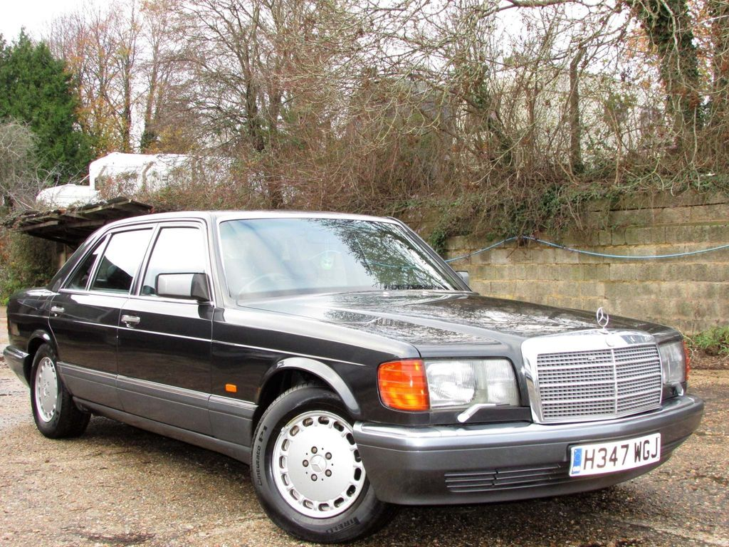 Mercedes-Benz 560 Saloon 5.5 SEL 4dr