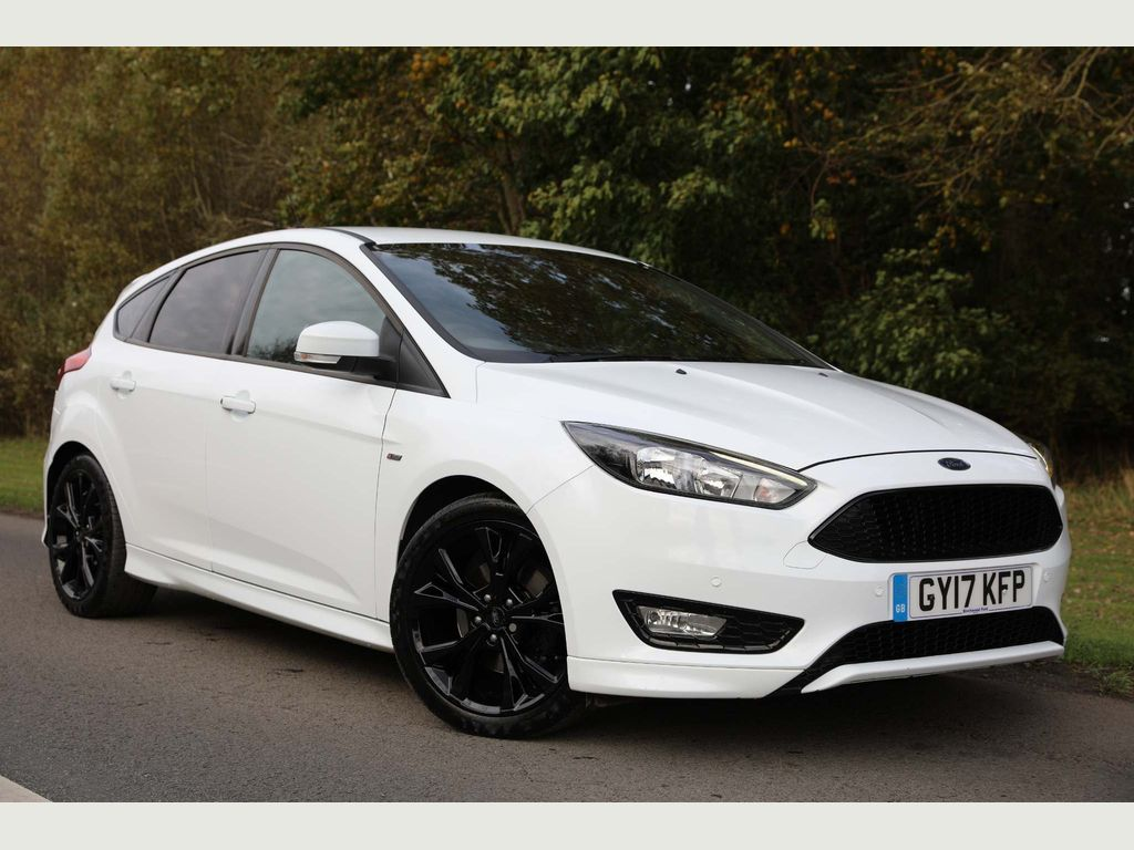 Ford Focus Hatchback 1.5T EcoBoost ST-Line Auto (s/s) 5dr