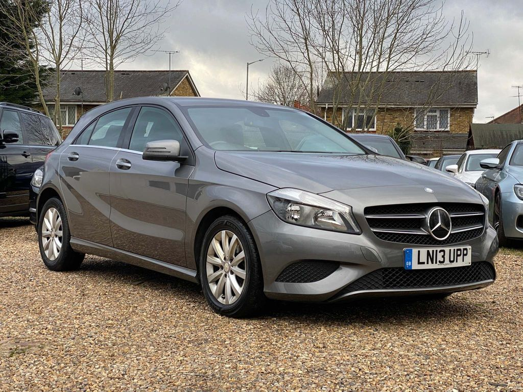Mercedes-Benz A Class Hatchback 1.6 A180 BlueEFFICIENCY SE 7G-DCT 5dr