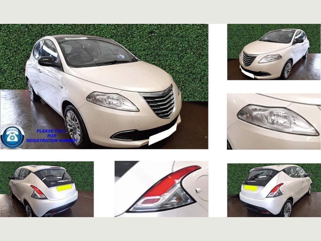 Chrysler Ypsilon Hatchback 1.2 SE (s/s) 5dr