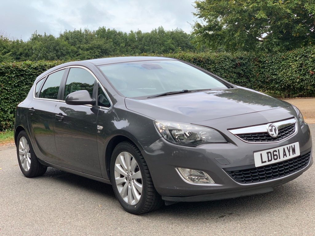 Vauxhall Astra Hatchback 1.7 CDTi ecoFLEX 99g SE (s/s) 5dr