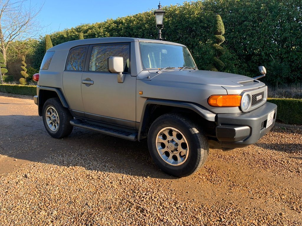 Toyota FJ Cruiser Estate