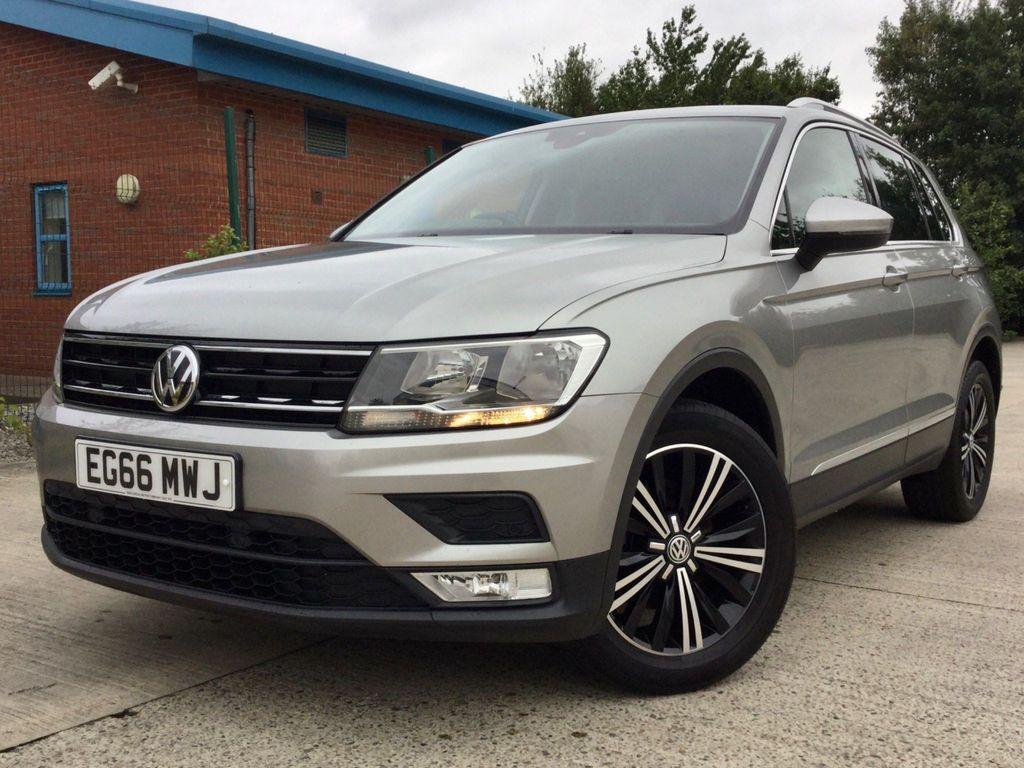 Volkswagen Tiguan SUV 1.4 TSI BlueMotion Tech SE Navigation (s/s) 5dr