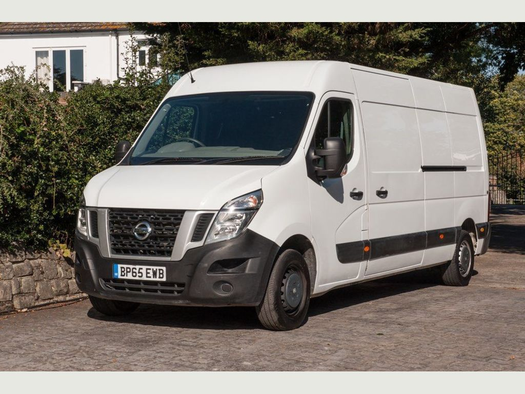 Nissan NV400 Panel Van 2.3 dCi 35 SE L3H3 FWD L3 High Roof EU5 5dr