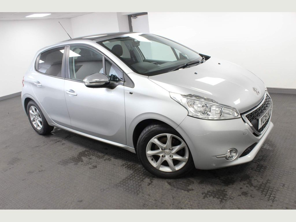 Peugeot 208 Hatchback 1.4 HDi Style 5dr