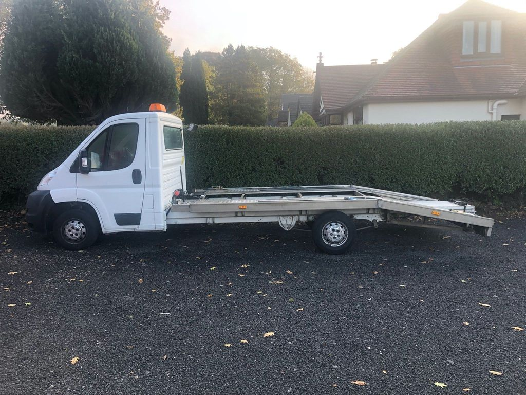 Peugeot Boxer Vehicle Transporter 2.2 HDi 335 L3 2dr