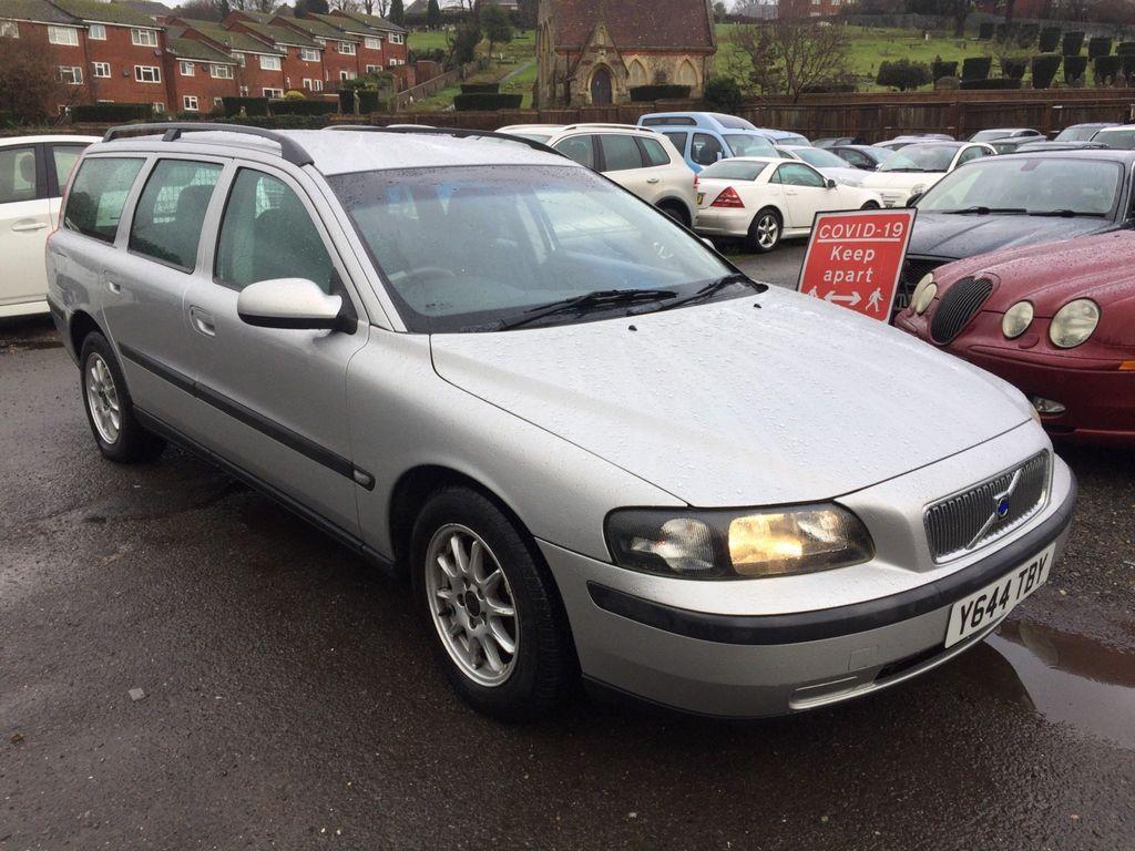 Volvo V70 Estate 2.4 SE 5dr