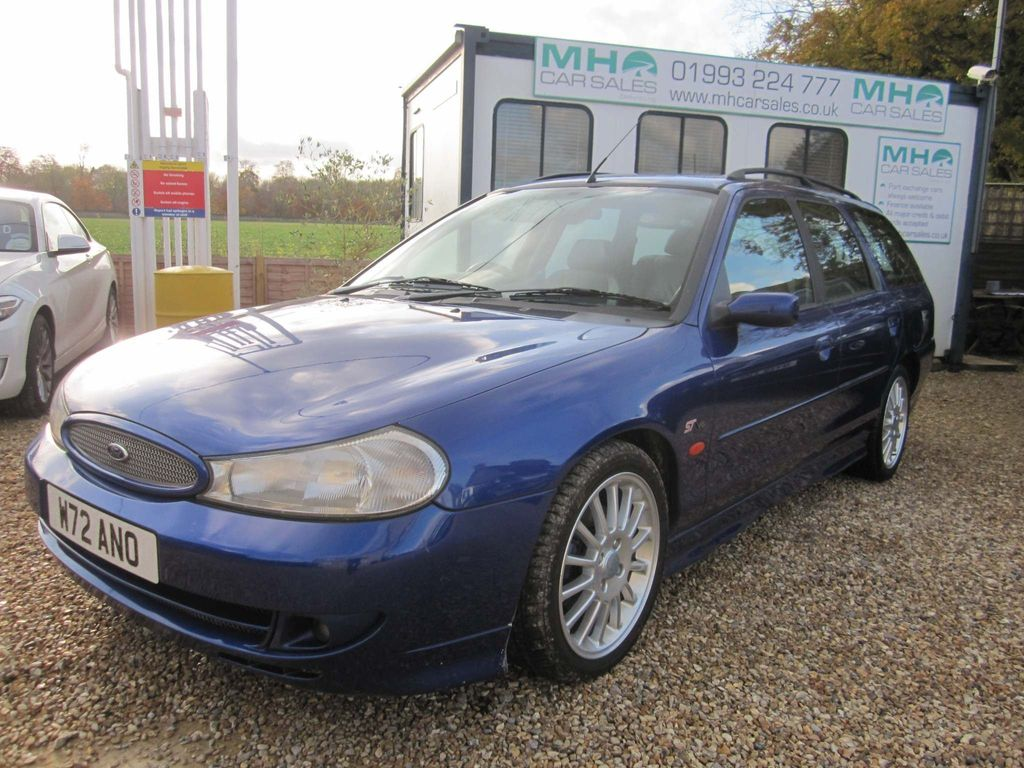 Ford Mondeo Estate 2.5 V6 ST-200 5dr