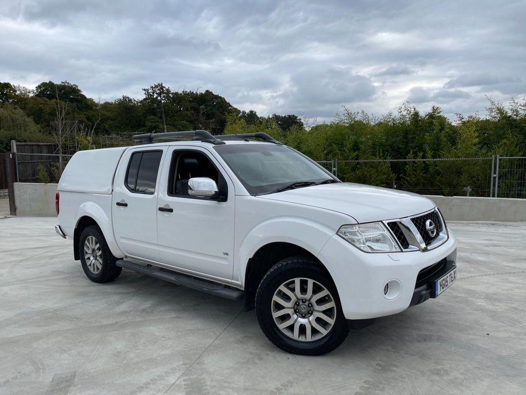 Nissan Navara Pickup 3.0 dCi V6 Outlaw Double Cab Pickup Auto 4WD 4dr (EU5)