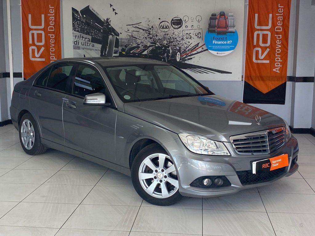 Mercedes-Benz C Class Saloon 2.1 C220 CDI BlueEFFICIENCY SE 4dr