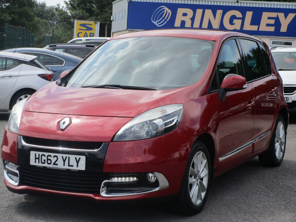 Renault Scenic MPV 1.6 dCi Dynamique Tom Tom Luxe pack (s/s) 5dr