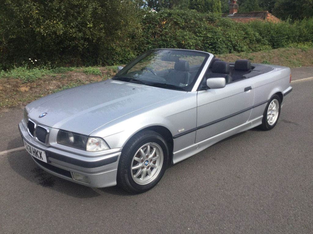 BMW 3 Series Convertible 2.5 323i 2dr