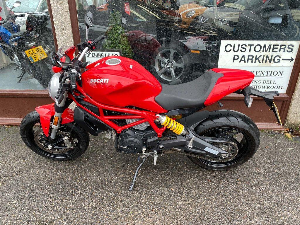 Ducati Monster 797 Naked 797 + ABS