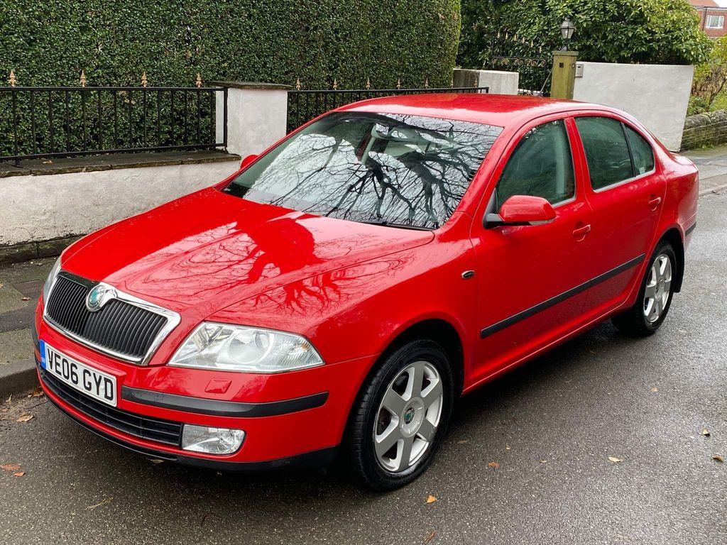 SKODA Octavia Hatchback 2.0 FSI Laurin & Klement 5dr
